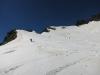 Fajn smuka čez Schwarzhornov mini ledenik. V sredini vrh.