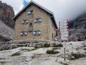 Rifugio Tuckett, 2272 m.