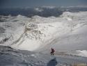 Strm spust z Gjaidsteina z malo snega.