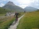 Spust s prelaza Bernina v mondeni St.Moritz.