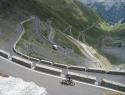Cestni vzpon na Passo Stelvio.