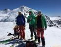 Na vrhu Pasquala (3553m) s Cevedalom v ozadju.