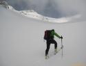 Gaženje pol metra celega - dober trening za Himalajca.