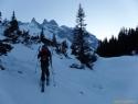 Proti Lindaurhütte, v ozadju Drei Türme (2930m).