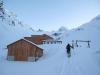 Pri Lucknerhütte že pol metra frišnega.