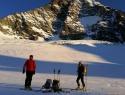 Prvi sončni žarki na ledeniku.
